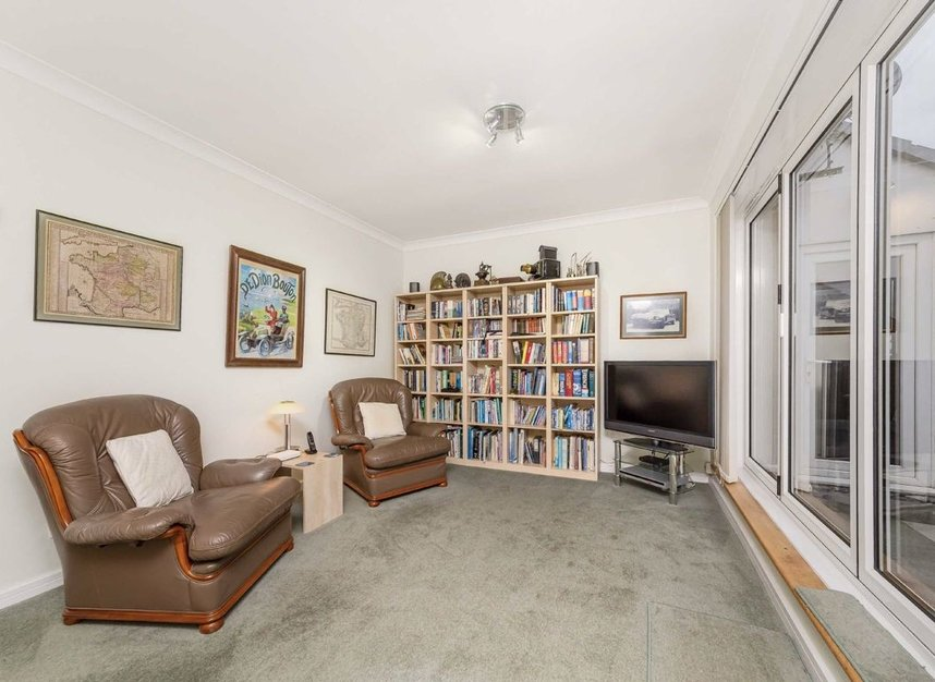 Properties for sale in Homer Drive - E14 3UH view10