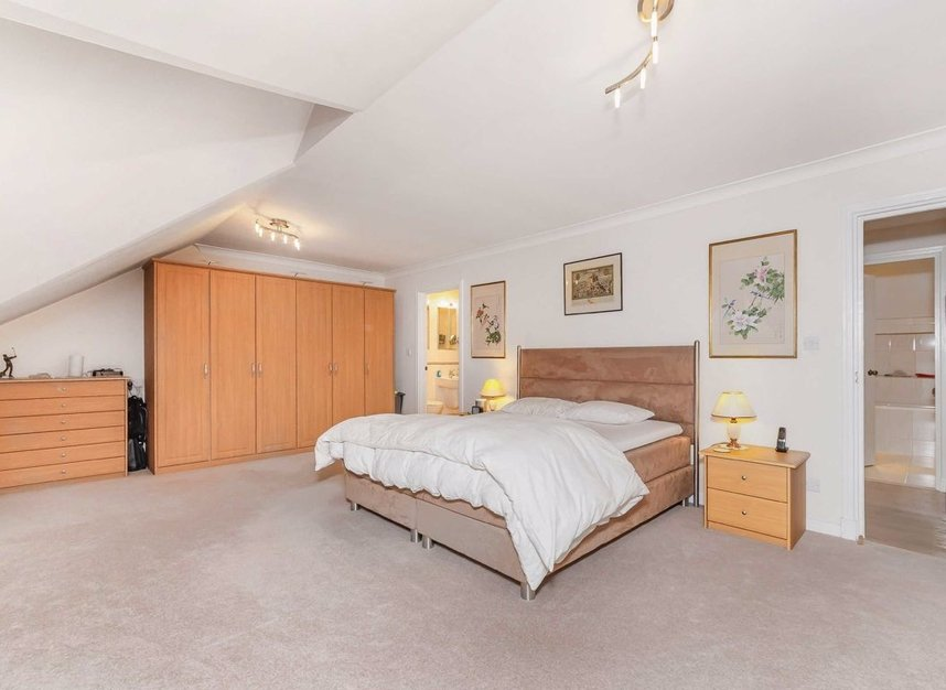 Properties for sale in Homer Drive - E14 3UH view7