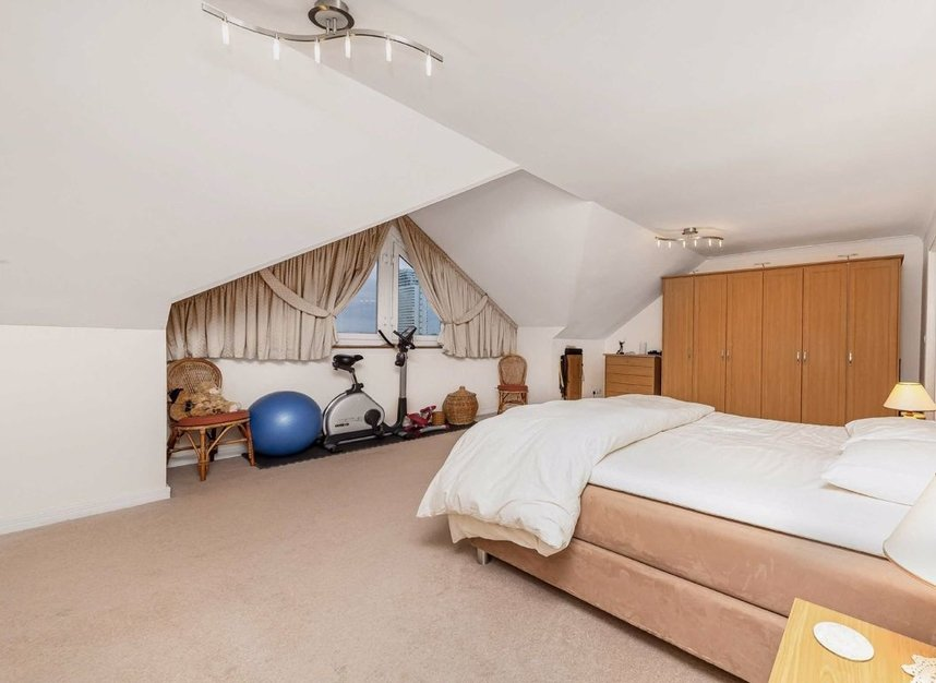 Properties for sale in Homer Drive - E14 3UH view8