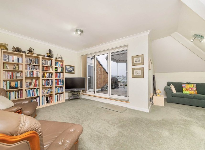 Properties for sale in Homer Drive - E14 3UH view9