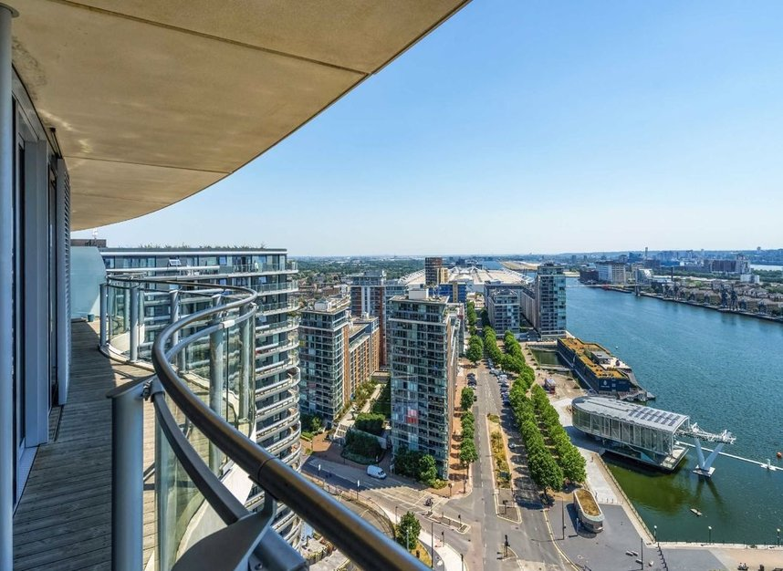 Properties for sale in Hoola Building - E16 9BF view12