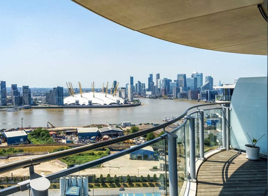 Properties for sale in Hoola Building - E16 9BF view10