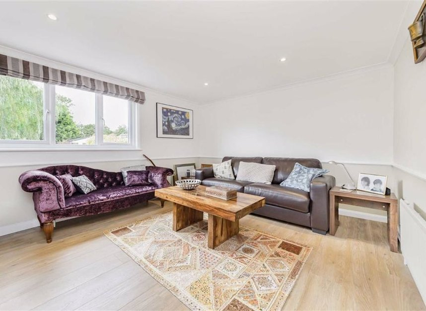 Properties for sale in Laleham Reach - KT16 8RR view6