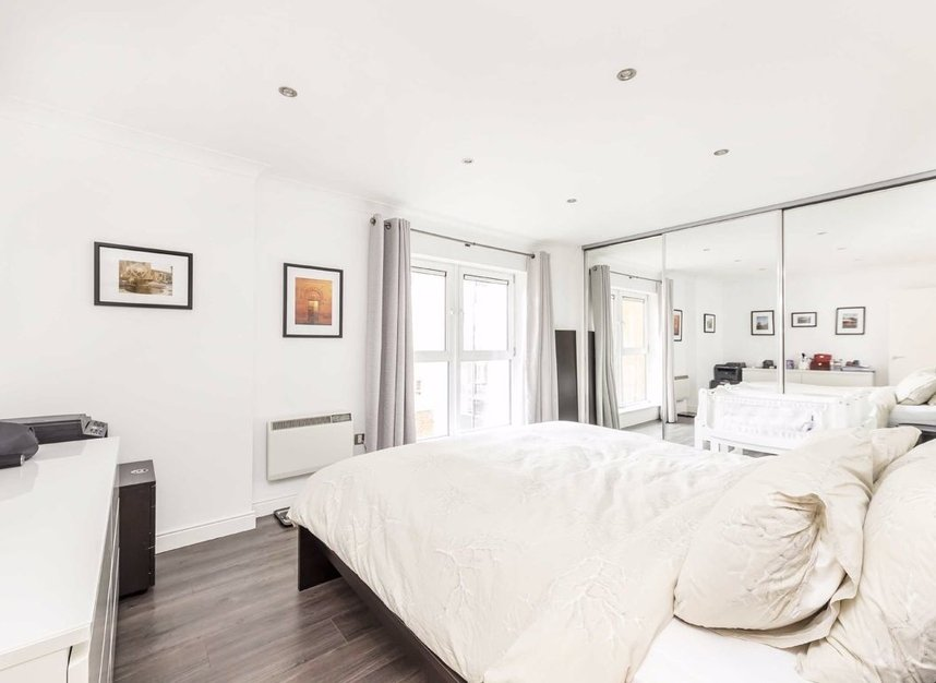 Properties sold in Langbourne Place - E14 3WN view5