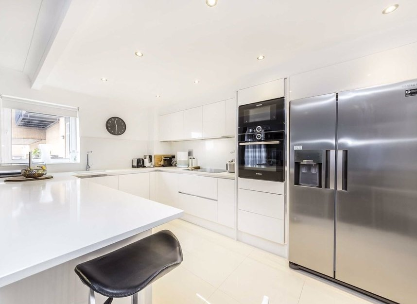 Properties sold in Langbourne Place - E14 3WN view4