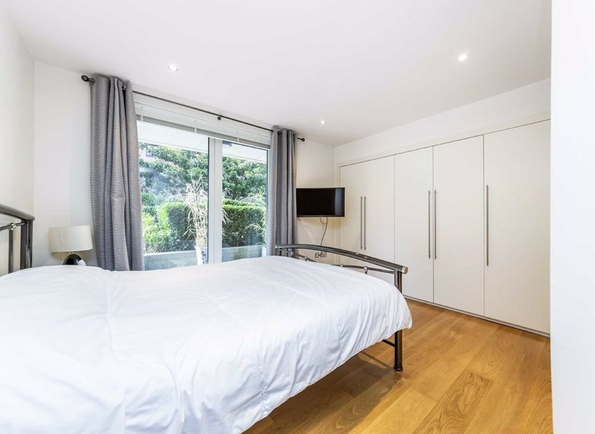 Properties for sale in Lensbury Avenue - SW6 2HW view5