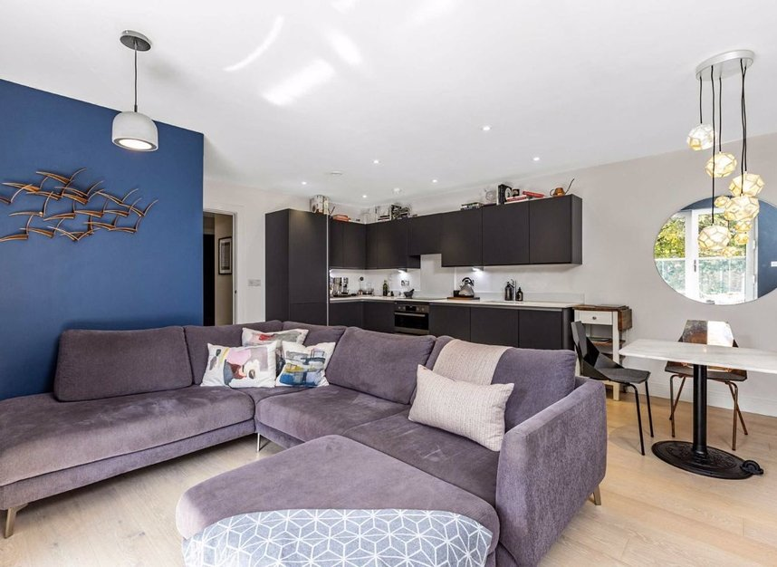 Properties for sale in Lion Wharf Road - TW7 6XX view7
