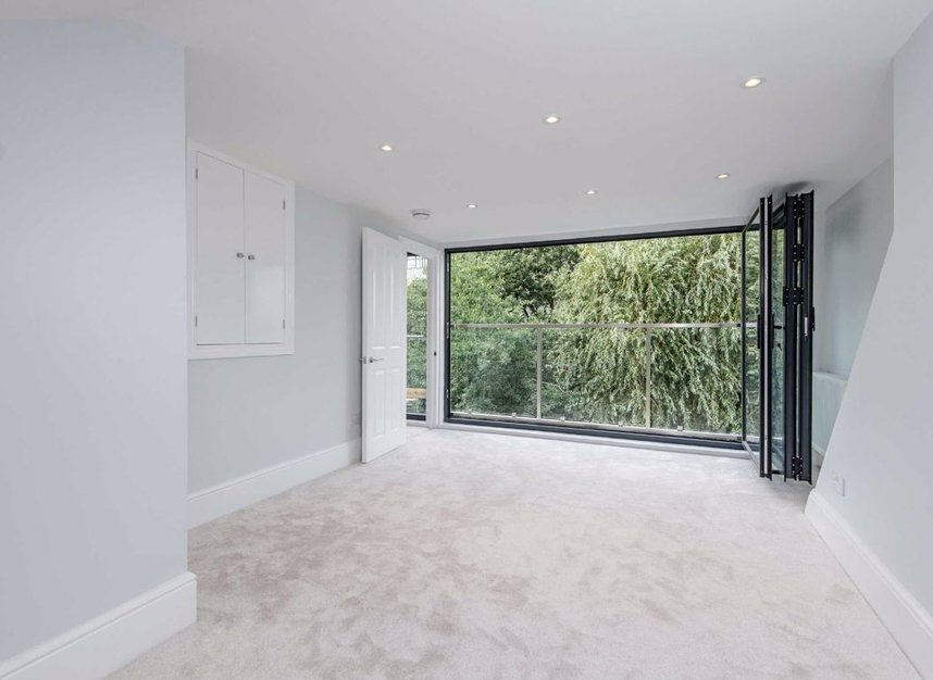 Properties for sale in Manchester Road - E14 3NU view4