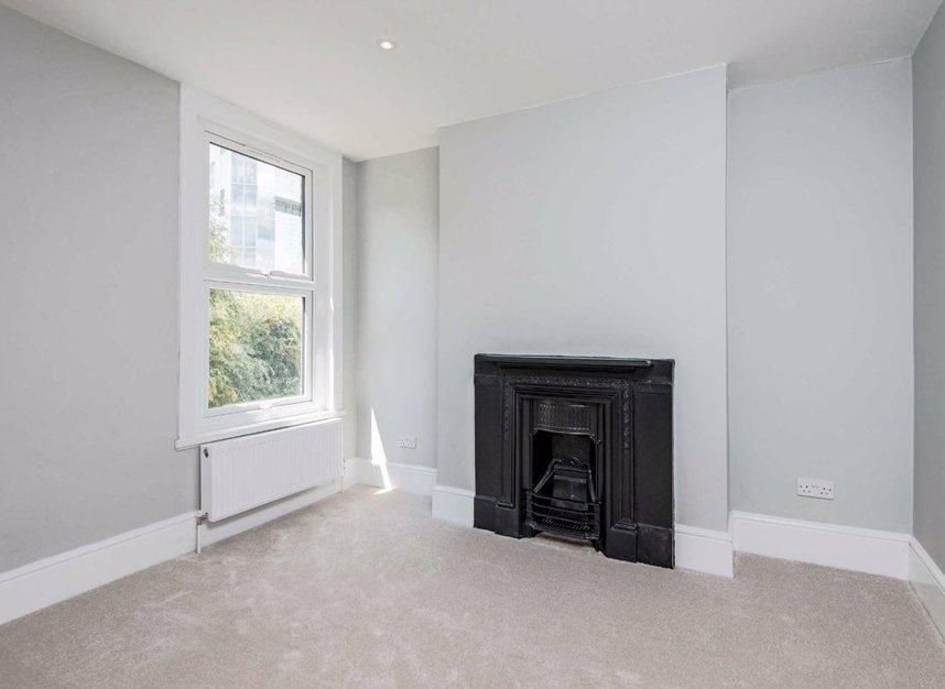 Properties for sale in Manchester Road - E14 3NU view6