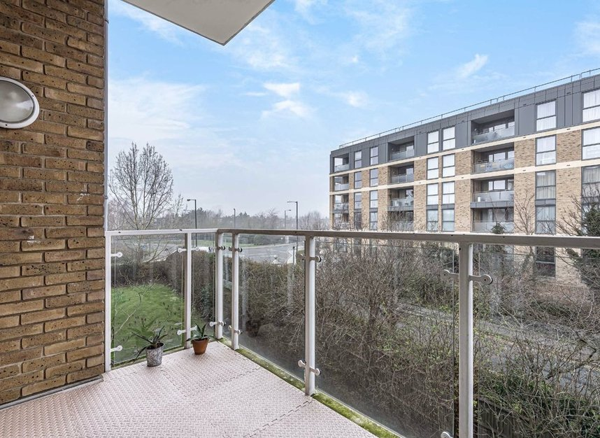 Properties for sale in Melliss Avenue - TW9 4BX view7