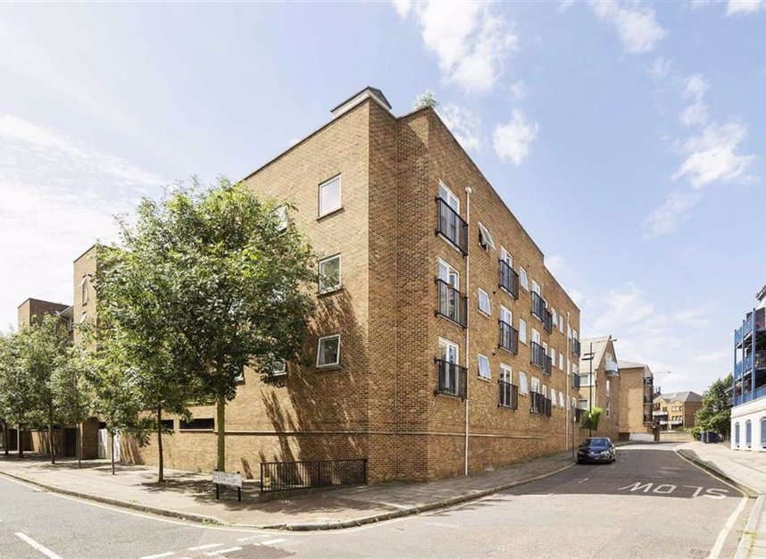 Properties for sale in Narrow Street - E14 8EJ view2