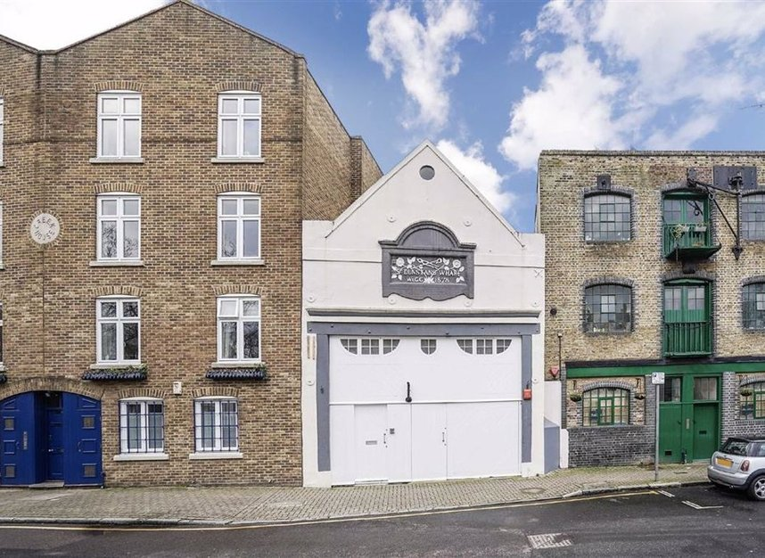 Properties for sale in Narrow Street - E14 8BP view8