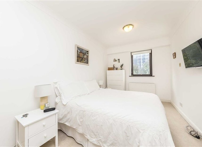 Properties for sale in Nine Elms Lane - SW8 5DF view4