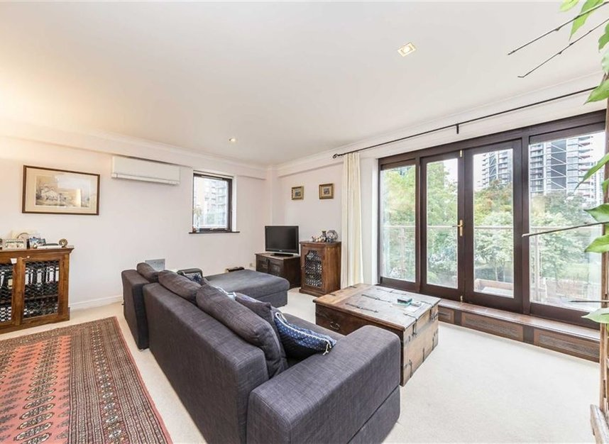 Properties for sale in Nine Elms Lane - SW8 5DF view2