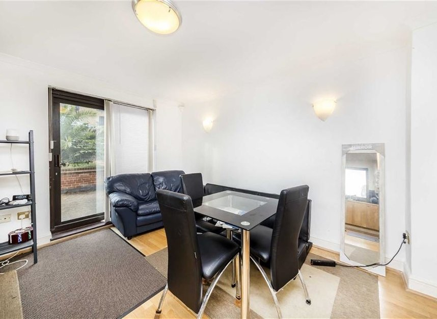 Properties for sale in Onega Gate - SE16 7PR view3