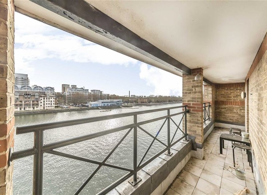 Properties for sale in Onega Gate - SE16 7PR view4