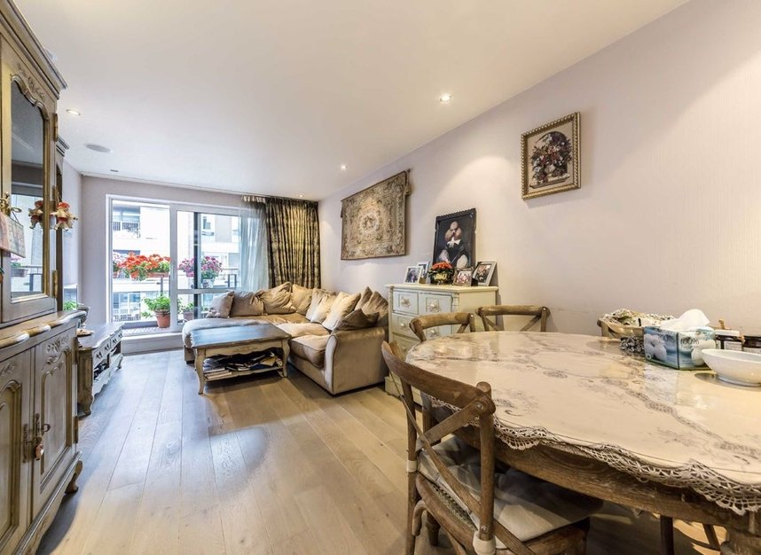 Properties for sale in Park Street - SW6 2FB view1