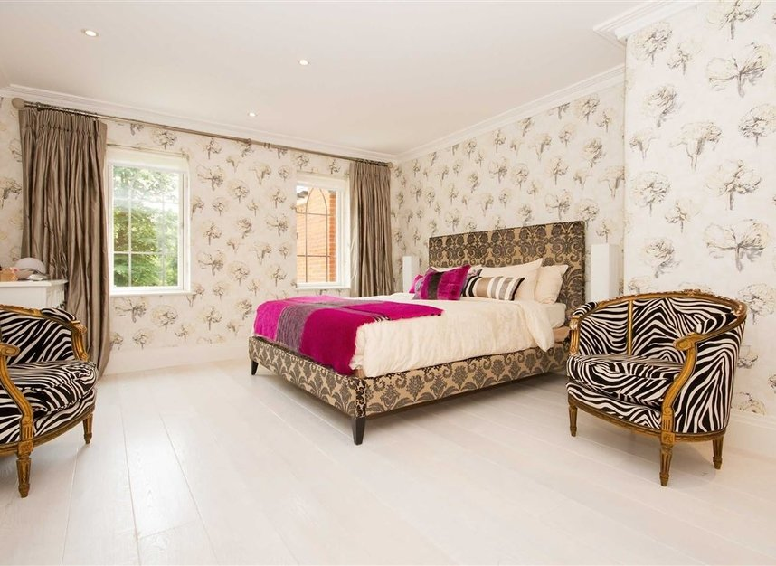 Properties for sale in Pomeroy Close - TW1 1QB view5