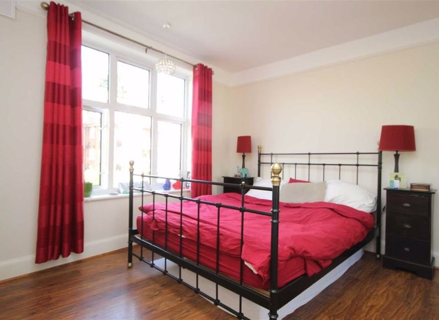 Properties for sale in Portsmouth Road - KT6 4EY view5