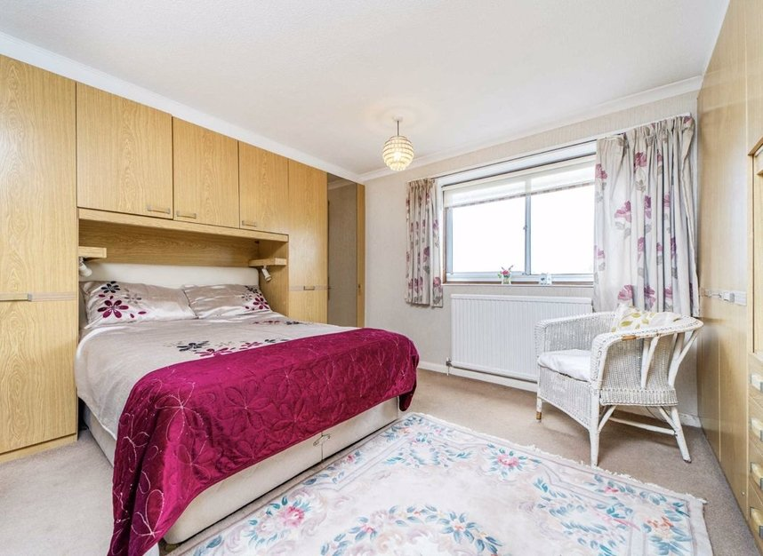 Properties for sale in Portsmouth Road - KT6 4JA view5
