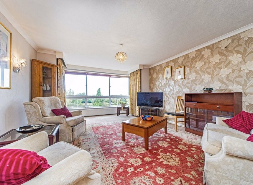 Properties for sale in Portsmouth Road - KT6 4JA view3