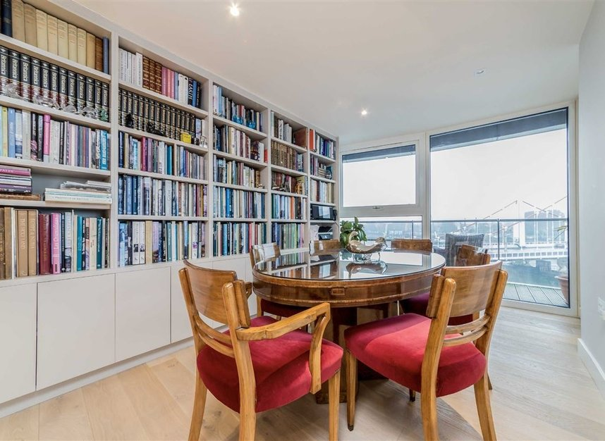 Properties for sale in Queenstown Road - SW11 8NW view4