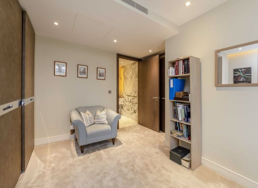 Properties for sale in Regatta Lane - W6 9BF view6