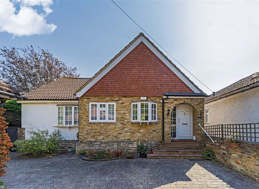 Properties sold in River Ash Estate - TW17 8NG view2