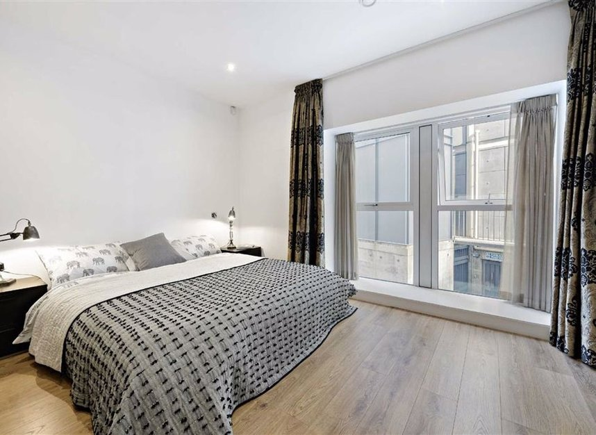 Properties for sale in Shad Thames - SE1 2YQ view7