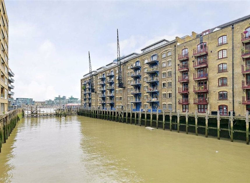 Properties for sale in Shad Thames - SE1 2YQ view1