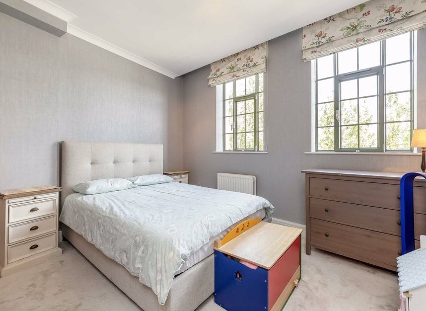 Properties for sale in Somerville Avenue - SW13 8HS view5