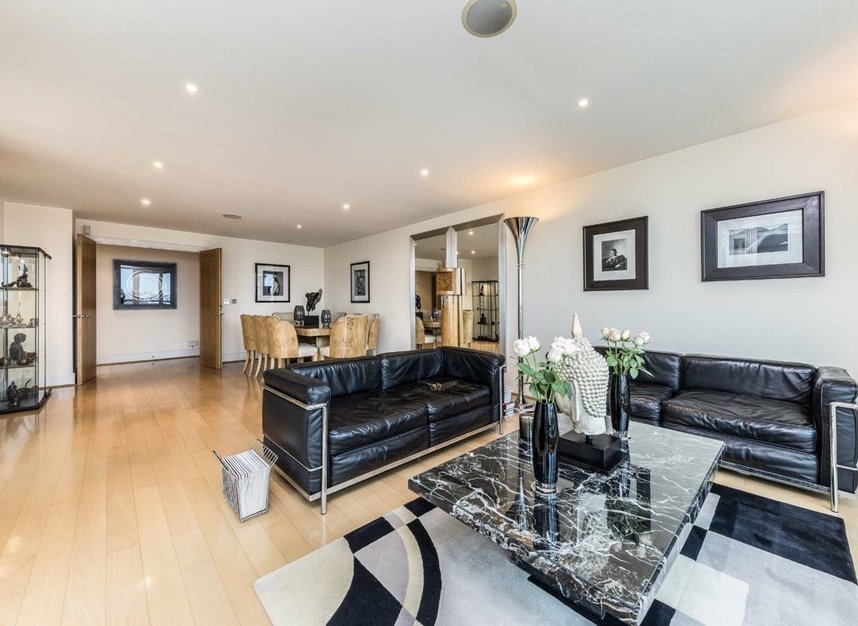 Properties for sale in St. George Wharf - SW8 2LW view5