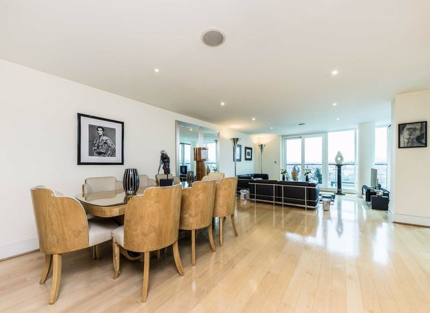 Properties for sale in St. George Wharf - SW8 2LW view6