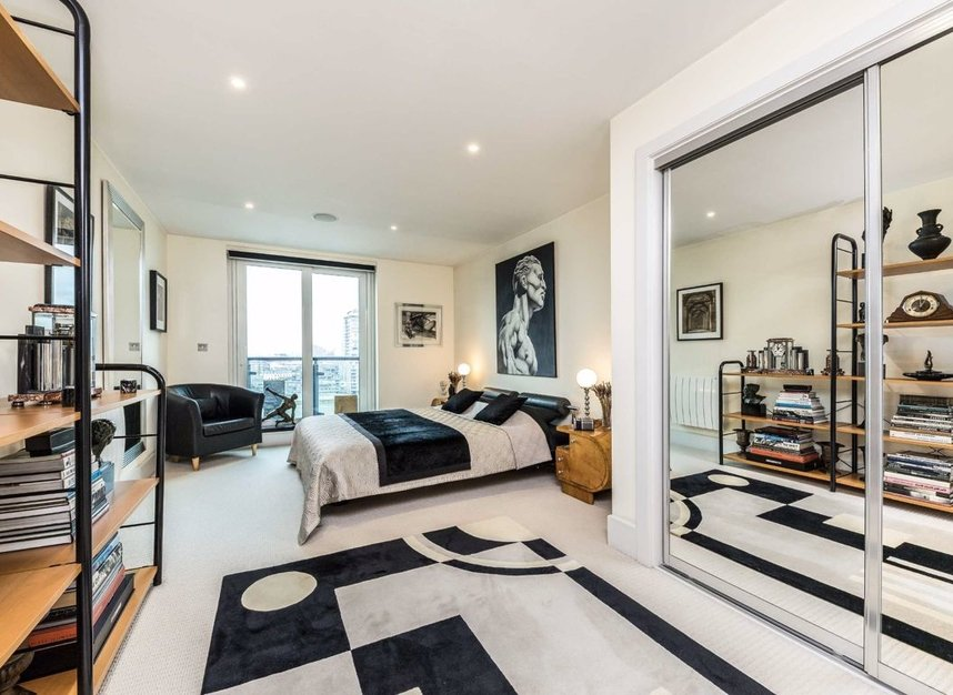 Properties for sale in St. George Wharf - SW8 2LW view7