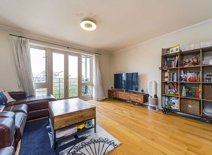 Properties for sale in Steadfast Road - KT1 1PL view6