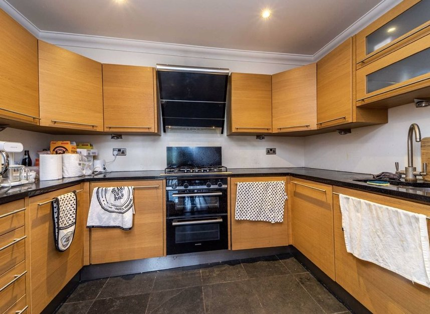 Properties for sale in Steadfast Road - KT1 1PL view3