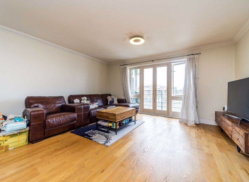 Properties for sale in Steadfast Road - KT1 1PL view2