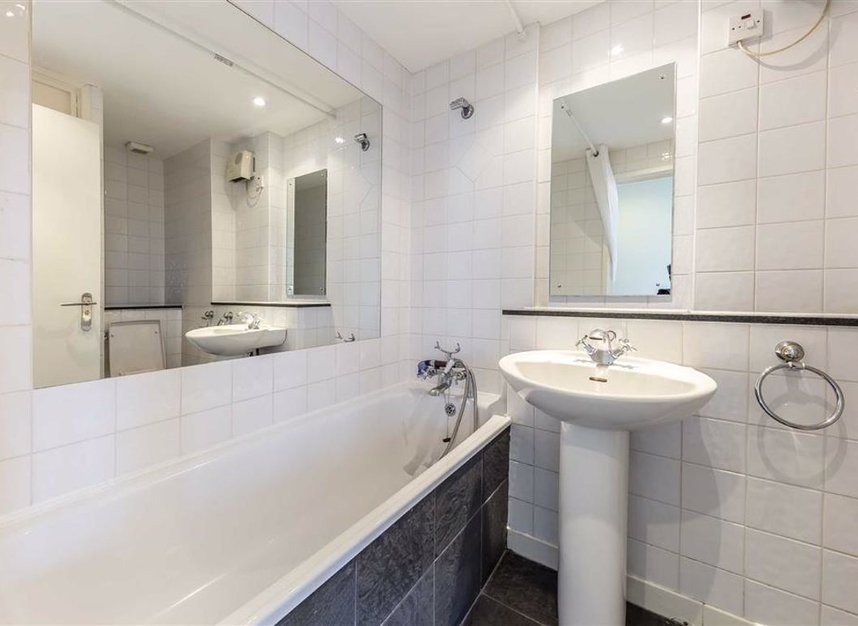 Properties for sale in Sweden Gate - SE16 7TL view7