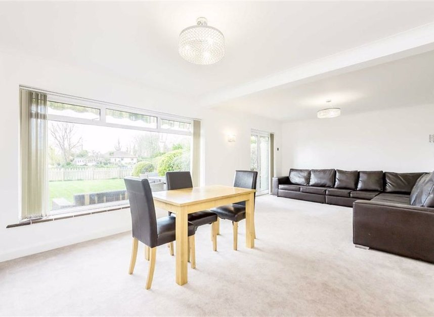 Properties for sale in Thames Side - TW18 2HF view4