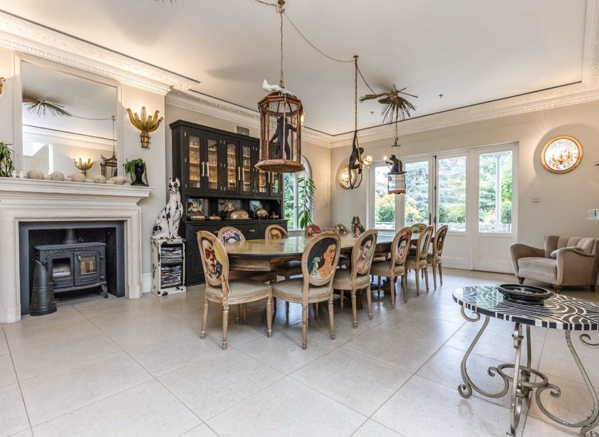 Properties for sale in The Avenue - TW1 1QP view3