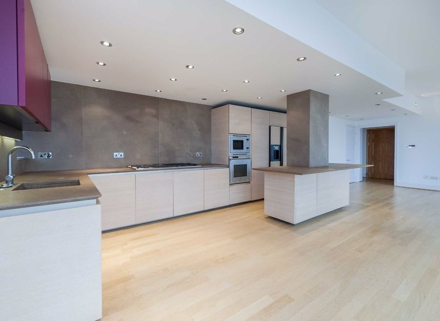 Properties for sale in The Belvedere - SW10 0XA view2