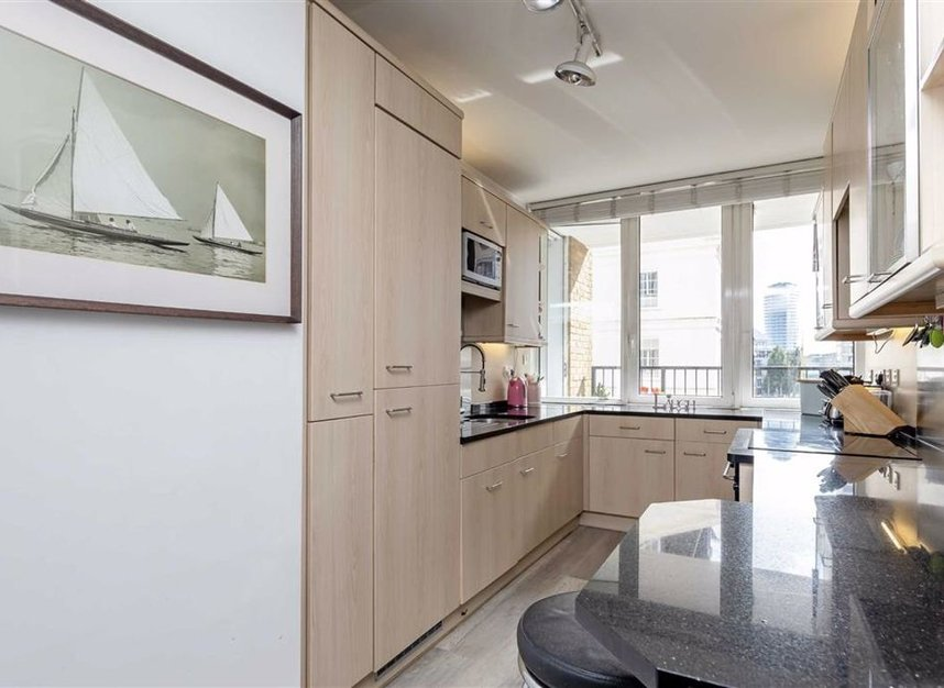 Properties for sale in The Quadrangle - SW10 0UG view4