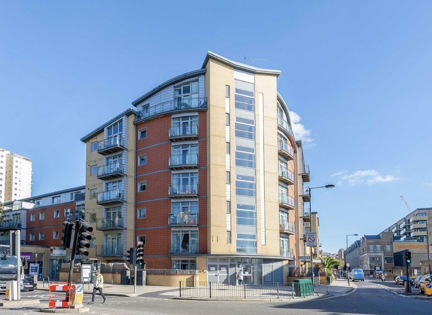 Properties for sale in Townmead Road - SW6 2NZ view6