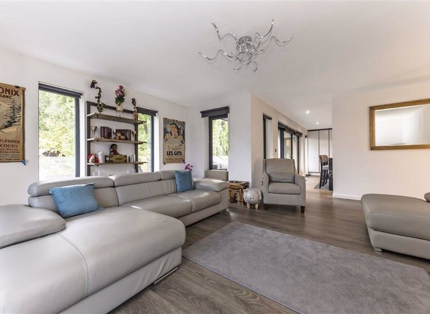 Properties for sale in Towpath - TW17 9LL view4