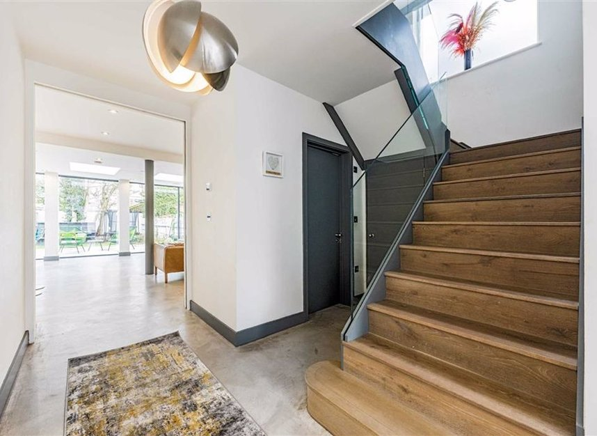 Properties for sale in Trowlock Avenue - TW11 9QT view12