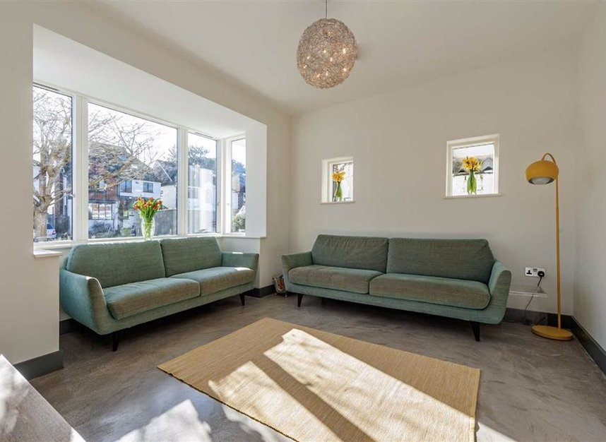Properties for sale in Trowlock Avenue - TW11 9QT view17