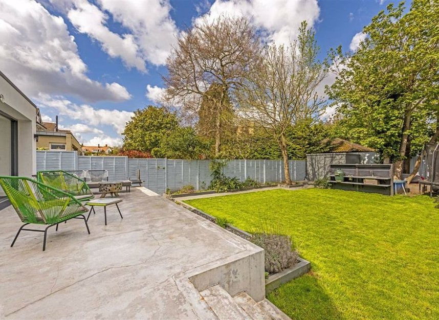 Properties for sale in Trowlock Avenue - TW11 9QT view3