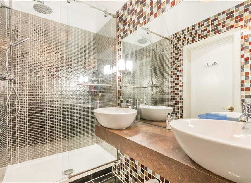 Properties for sale in Victory Place - E14 8BG view9