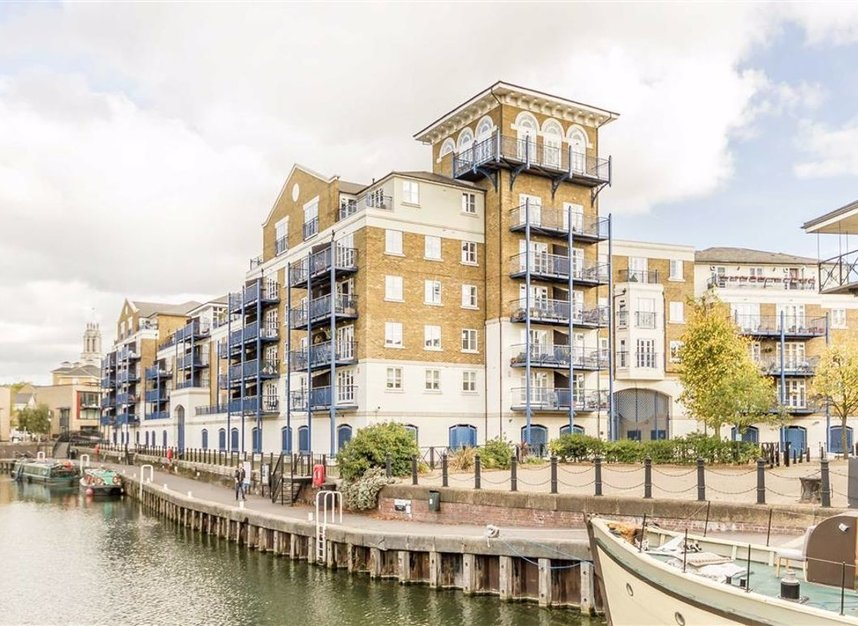 Properties sold in Victory Place - E14 8BG view1