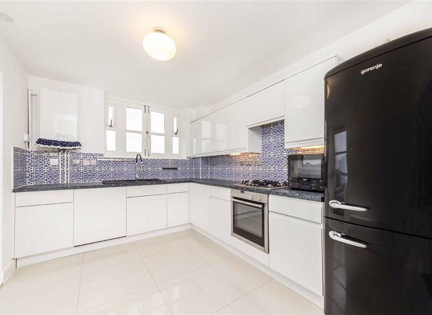 Properties sold in Victory Place - E14 8BG view4